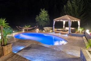 """Maison d'hotes avec piscine """"La bageatière"""""""