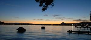 Coucher de soleil sur la lac d'Annecy